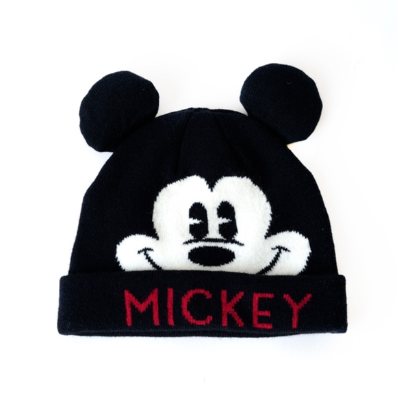 ZARA Baby toddler black Mickey Mouse beanie hat. M 5beca195409c15d5ab9ee472 e93146f0320